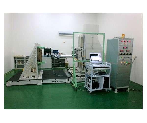 側突性能試験机